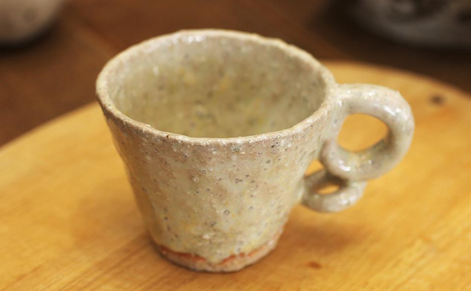 試飲用のかわいいカップ(成竹窯作)
